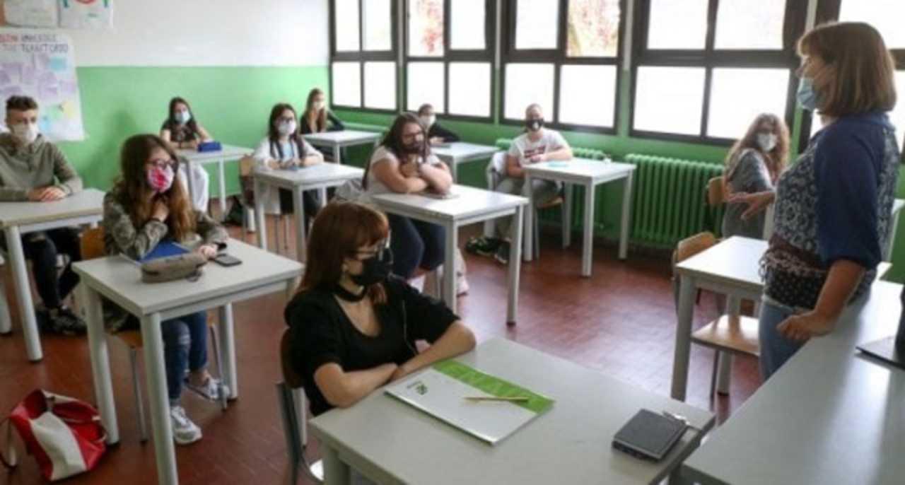 CORONAVIRUS: SCUOLA, a SETTEMBRE cambierà TUTTO! Ecco COME saranno  ORGANIZZATI gli SPAZI » ILMETEO.it