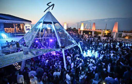 La discoteca Villa delle Rose in una serata prima dell'emergenza sanitaria
