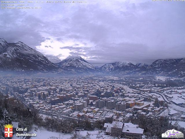 La neve è arrivata anche a Domodossola in alto Piemonte