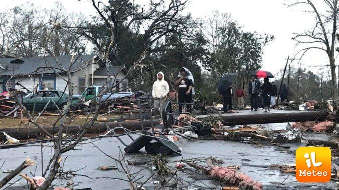 Tornado devastante
