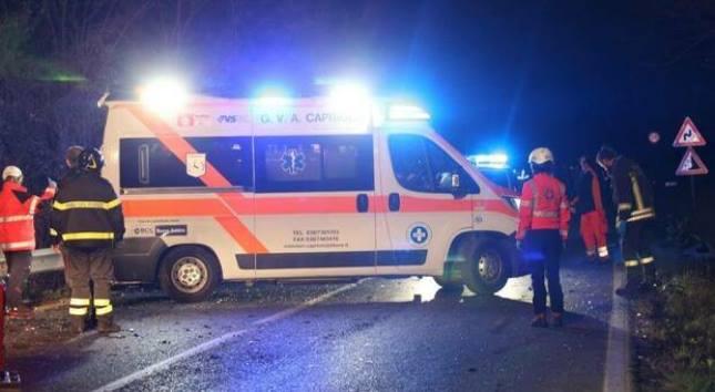 Drammatico incidente nella notte col fuoristrada: morti 4 minorenni e il conducente