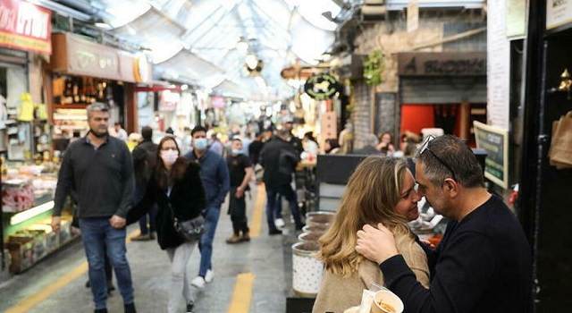 Israele: da oggi no obbligo mascherina all'aperto