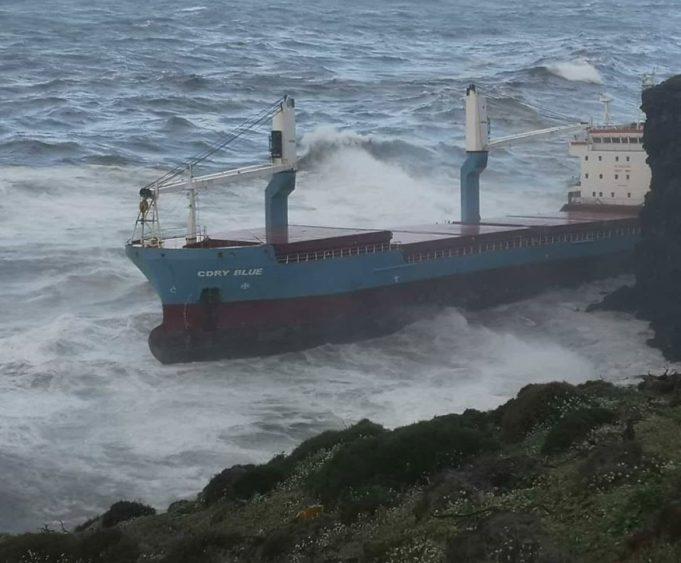 Allarme ambientale a Sant'Antioco, in Sardegna