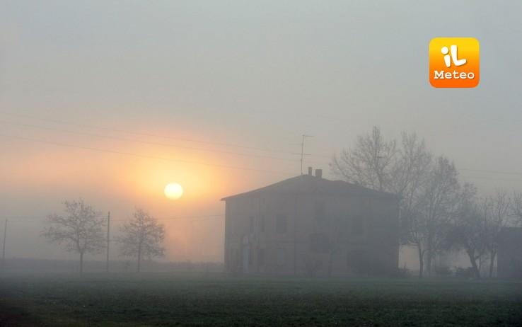 La nebbia, una costante invernale in Pianura Padana