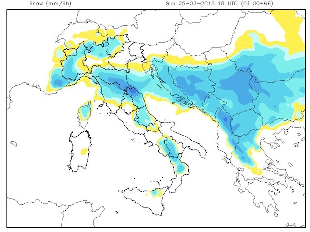 Neve Domenica pomeriggio, blu=forte, anche a Firenze