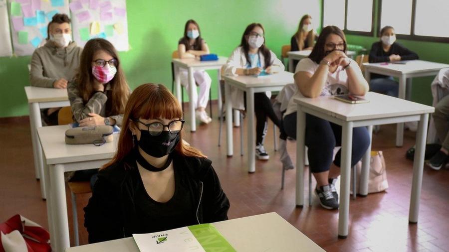 Rientro a scuola: tornano in classe 640mila studenti in 4 regioni
