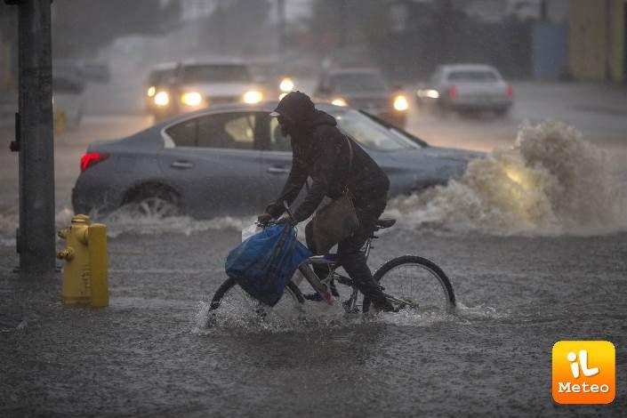 Piogge torrenziali in California del Sud