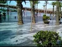 METEO CRONACA DIRETTA VIDEO: spaventoso TSUNAMI NON SISMICO, onda anomala sulle Baleari, turisti in FUGA