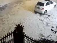 Meteo Cronaca Diretta: Roma IMBIANCATA dalla grandine, immagini uniche!