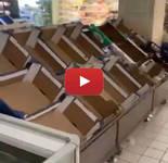 VIDEO DIRETTA SHOCK, PANICO da Coronavirus: Milano, supermercati presi d'assalto, non rimane nulla