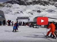 CRONACA DIRETTA VIDEO: CERVINIA, con lo SNOWBOARD falcia uno SCIATORE.  Poi succede l'INCREDIBILE. Le IMMAGINI