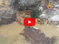 Meteo Cronaca DIRETTA VIDEO: GENOVA, Frana il CIMITERO di CAMOGLI, Bare in mare. Le IMMAGINI nel MOMENTO del crollo