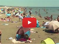 Meteo Cronaca DIRETTA: FRANCIA, ONDATA di CALDO, Spiagge Prese d'ASSALTO. Il VIDEO