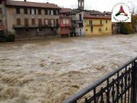Meteo: NUBIFRAGI e FIUMI in piena, ALLERTA ROSSA Protezione Civile in Emilia-Romagna. Evoluzione PROSSIME ORE