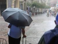 Meteo: PROSSIME ORE, Sud Italia ancora Nelle Grinfie del tempo Capriccioso. Ecco Dove Servirà l'Ombrello