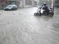 Meteo MILANO, temporali VALCHIRIE sul CAPOLUOGO, disagi alla METROPOLITANA. Esonda il LAMBRO!