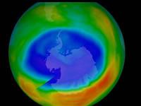 CLIMA: Buco dell'OZONO Record, adesso è Enorme e Preoccupa gli Scienziati di Tutto il Mondo. Ecco Cosa Sta Accadendo