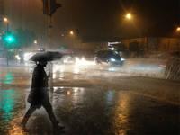 Meteo: PROSSIME ORE, tempo in  rapido PEGGIORAMENTO. Ecco DOVE piovera' tra SERA e NOTTE