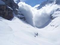 MONTAGNA: valanga in Val Martello, un morto!